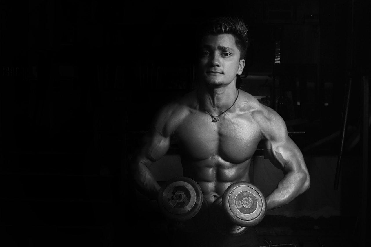 Cómo ganar músculo de forma eficiente y no acabar con sobrepeso